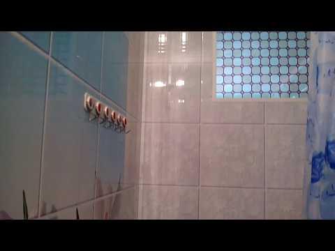 Бюджетный ремонт ванной комнаты своими руками. Отделка стен ванной пластиковыми панелями. Результат.