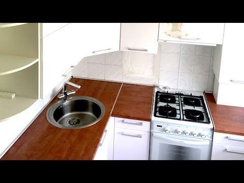 Кухня в хрущевке 5 кв  м ✅ Дизайн белой кухни с газовой колонкой